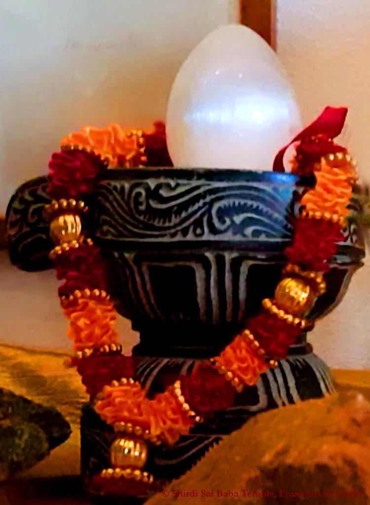 Glowing Lingam during 108 times Hanuman Chalisa - 10 June 2017